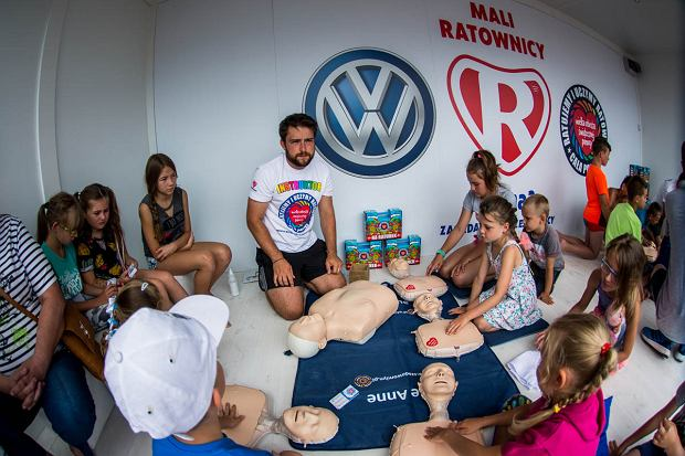 Program 'Mali Ratownicy' wspólnie prowadzi marka Volkswagen oraz Fundacja WOŚP