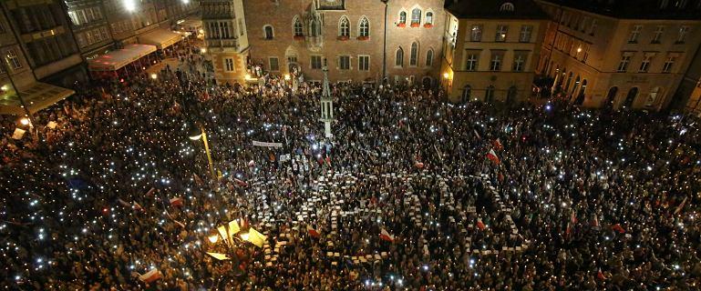 Wszędzie protesty. Ale mobilizacja w tym mieście zaskakuje. Obywatelski sprzeciw wobec działań PiS-u