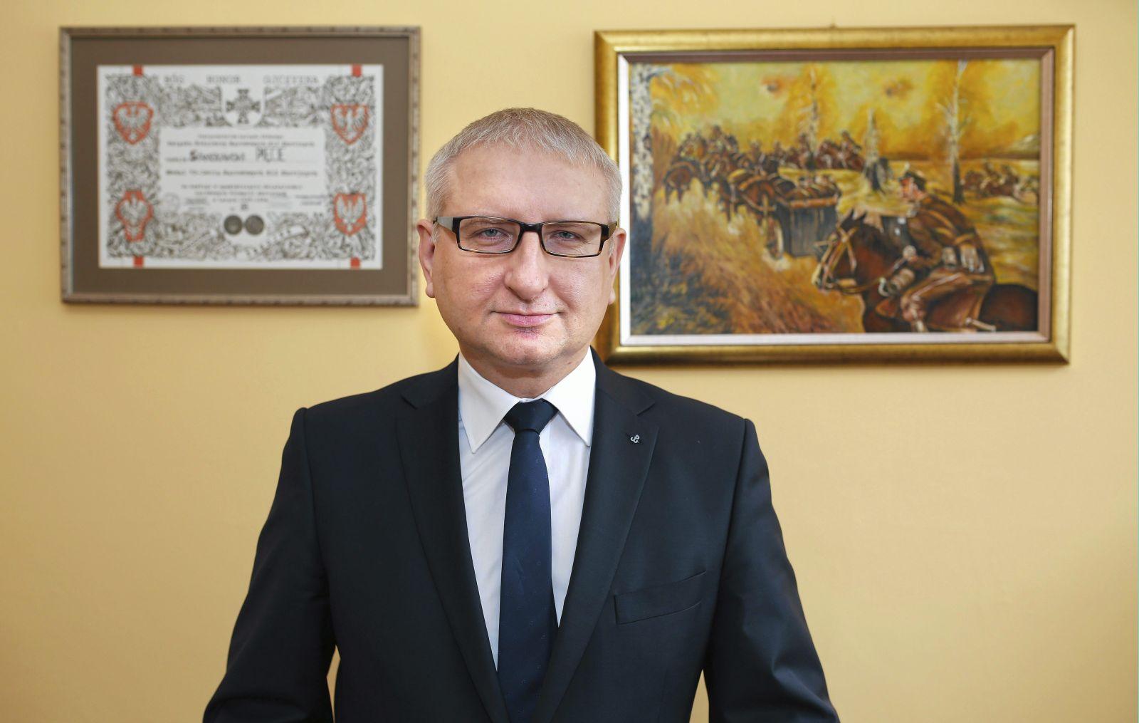18.02.2016 Bielsko Biala  . Stanislaw Pieta posel na Sejm Rzeczypospolitej Polskiej .Fot . Dawid Chalimoniuk  / Agencja Gazeta *** Local Caption ***