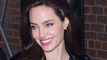 Angelina Jolie delikatnie przytyła. Dawno nie wyglądała tak dobrze!