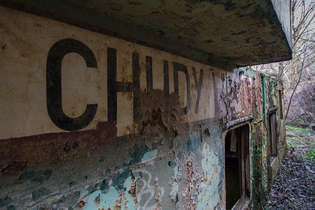 Opuszczona barka w Warszawie