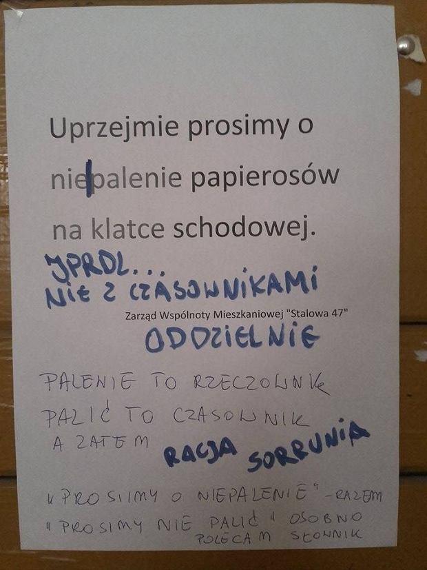 Ogłoszenie zawieszone na klatce schodowej na warszawskiej Pradze.