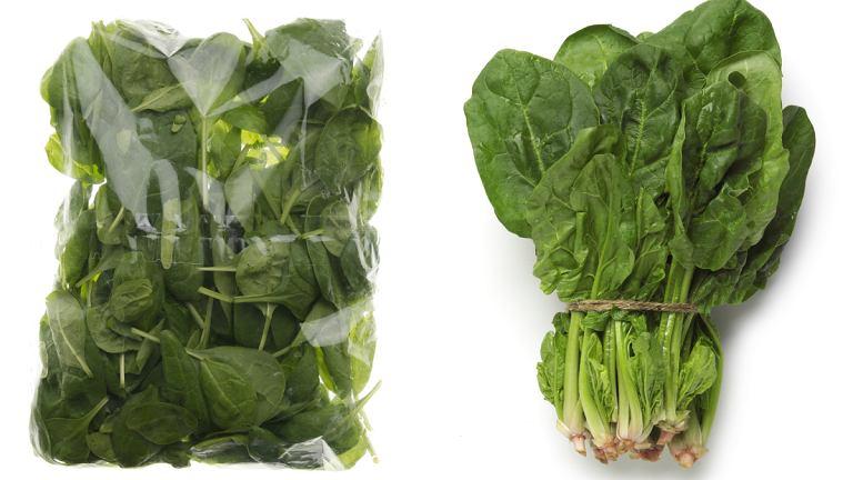 Sałata w paczce, mięso... 8 produktów, których lepiej unikać w supermarkecie