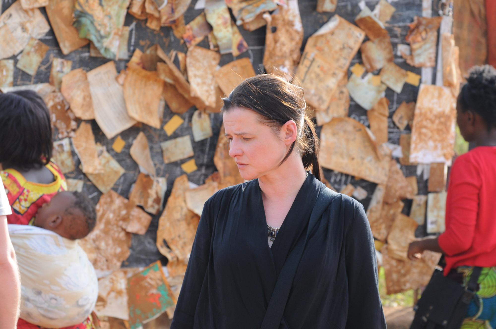 Kadr z filmu 'Ptaki śpiewają w Kigali' (fot. Ewa Łowżył)