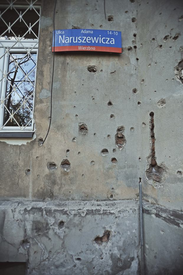 Ostrzelany dom przy ul Naruszewicza