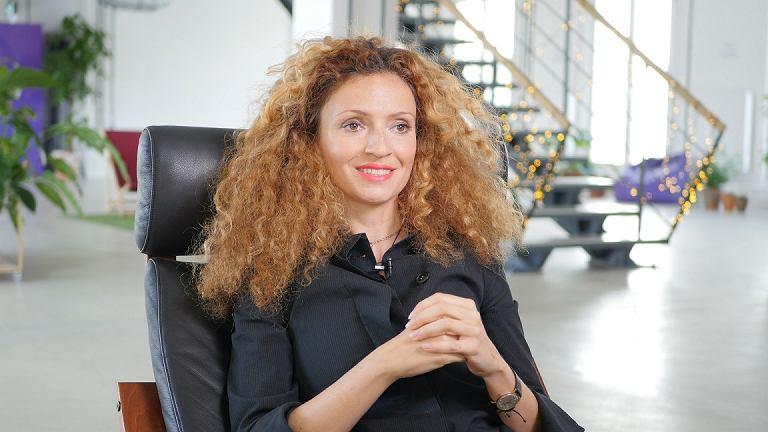 Dominika Nowak: Czasem tylko dzięki szalonej odwadze można zacząć działać