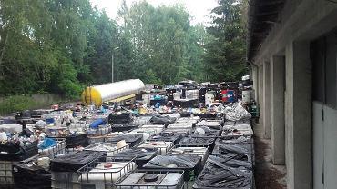 Ekologiczna bomba na terenie byłej rafinerii. Sprawą zajęła się prokuratura