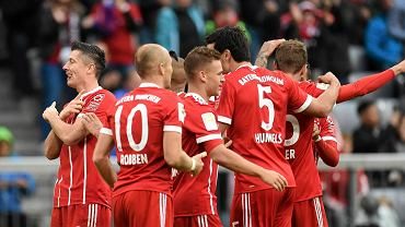 Lewandowski umie to najlepiej na całym świecie! Zrobił swoje i zszedł żegnany gwizdami. Bayern gromi w hicie