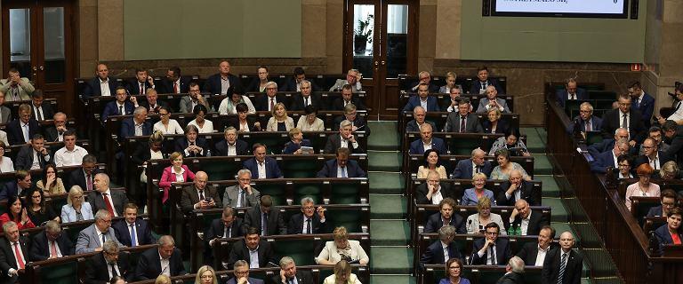 Sejm nie tylko o sądach. Posłowie przegłosowali ustawy, które mogą uderzyć nas po kieszeni