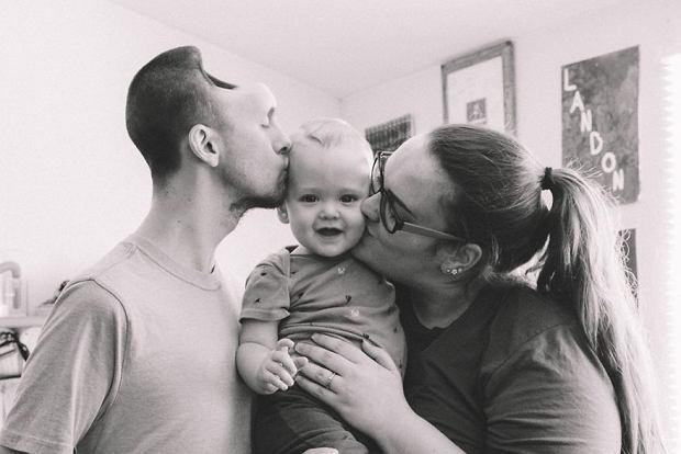 Brianna i Austin wraz z synem