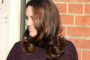 Księżna Kate w ciąży rozkwita. Tym razem patrzymy na jej twarz. Też widzicie tę zmianę?