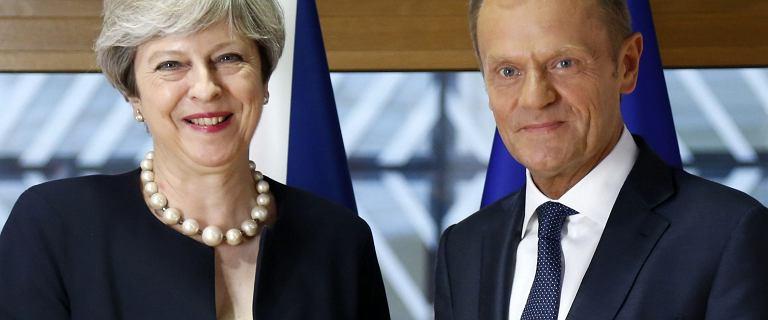 Polacy mieszkający w Anglii mogą tam zostać, jeśli chcą. Theresa May stawia Unii Europejskiej tylko jeden warunek