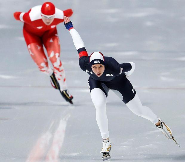 Brittany Bowe of the U.S., front, and Natalia Czerwonka of Poland compete during the women's 1,500 meters speedskating race at the Gangneung Oval at the 2018 Winter Olympics in Gangneung, South Korea, Monday, Feb. 12, 2018. (AP Photo/John Locher) SLOWA KLUCZOWE: 2018 Pyeongchang Olympic Games;Winter Olympic games;Sports;Events;XXIII Olympiad ZDJĘCIE DO WKŁADKI: Pozostałe produktyDLOWR Strony Lokalne Wrocław - Opole