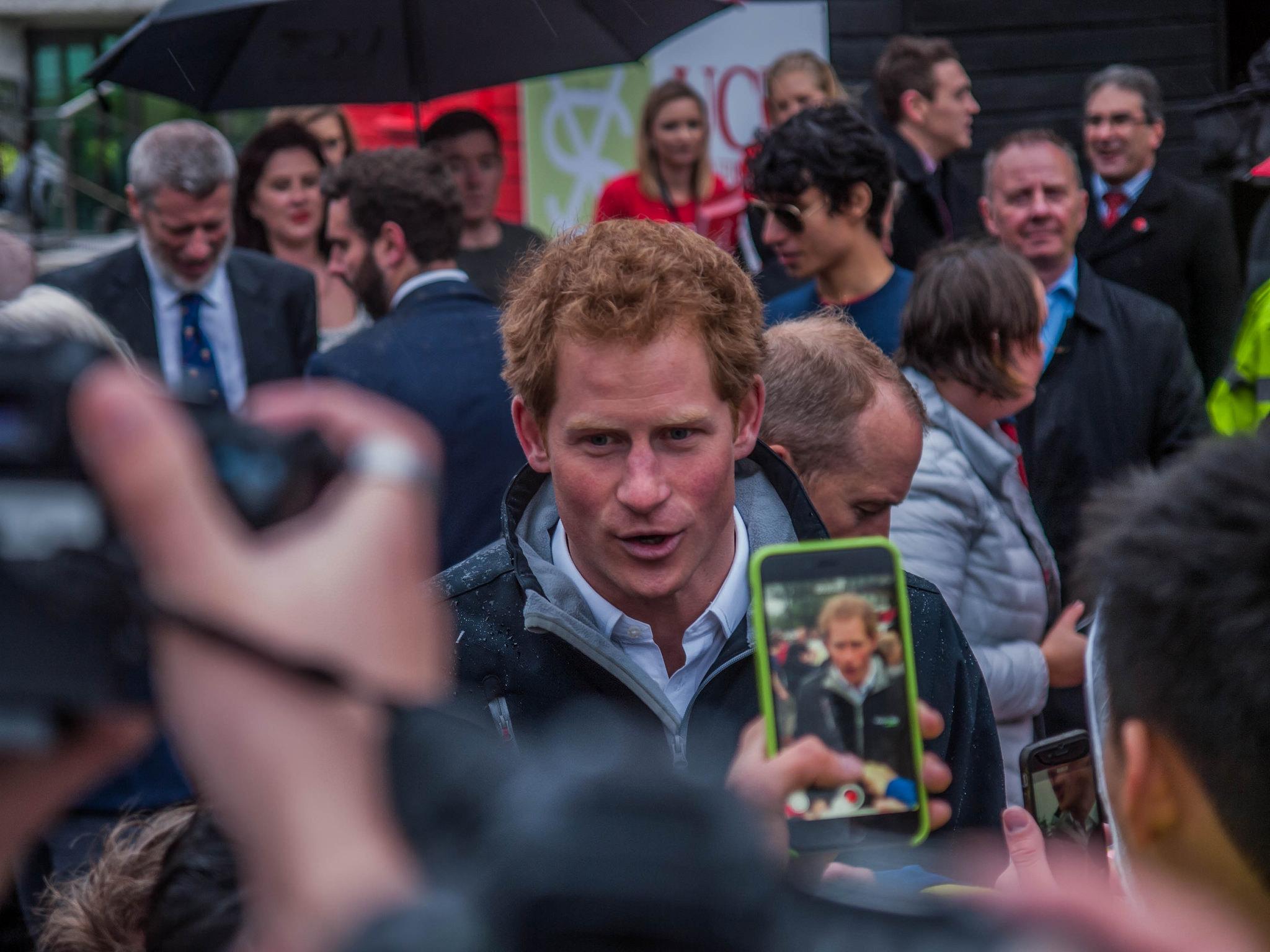 Książę Harry na Uniwersytecie Canterbury, 2015 r. (fot. KoenbrNZ / Flickr.com / CC BY 2.0)