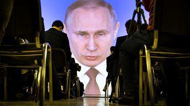Rosja sprzedaje nowe obligacje za 7 mld dol. Konflikt dyplomatyczny z Wlk. Brytanią inwestorom nie przeszkadza