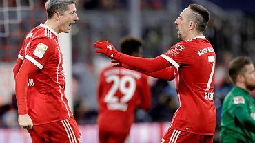 """Ten gol dał """"Lewemu"""" miejsce w historii Bundesligi. Polak dogonił Messiego"""