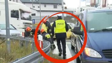 """Policjant z drogówki udziela wywiadu. Nagle pyta: """"może przerwiemy?"""" I rzuca się na pomoc"""