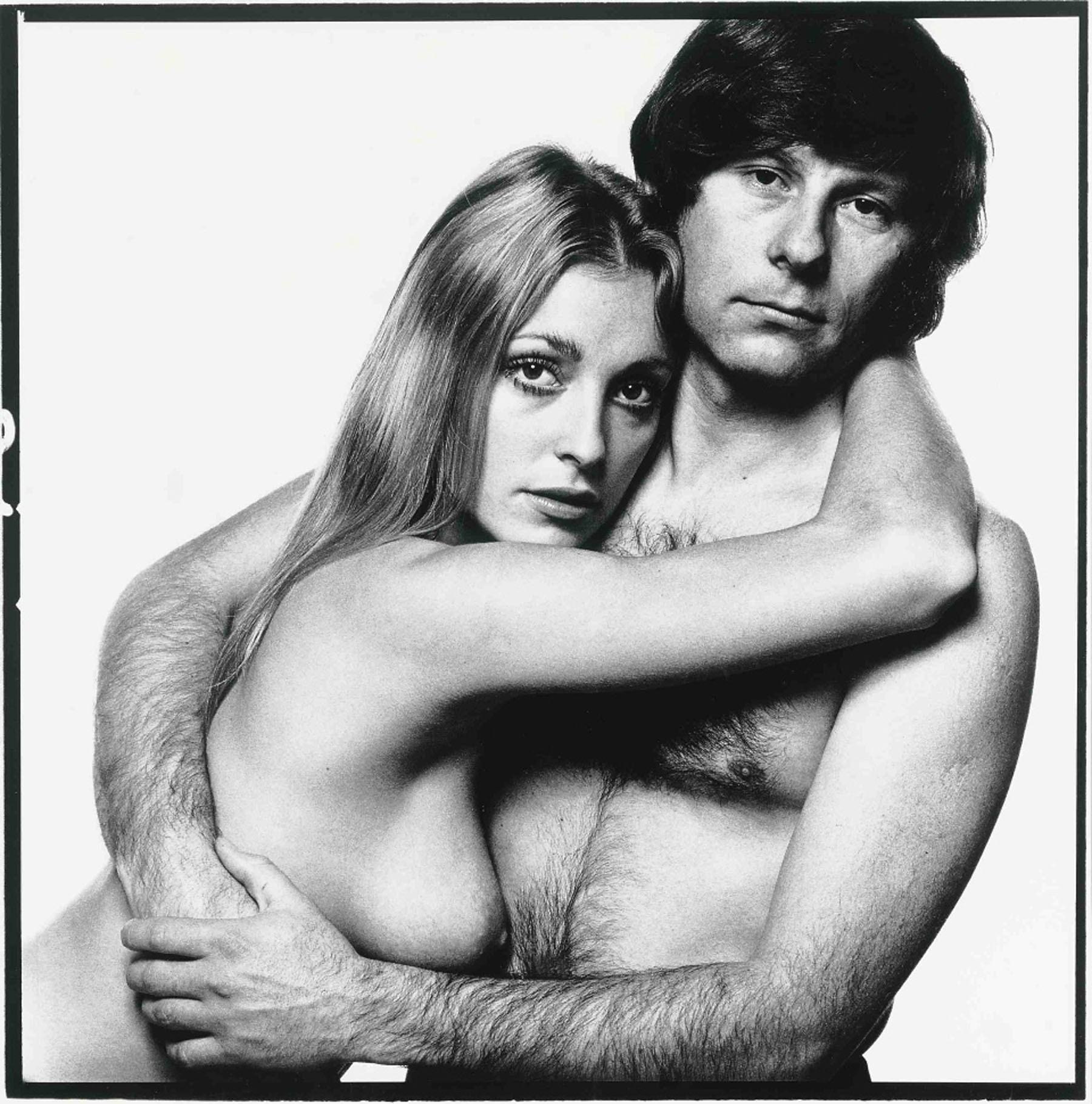 Zdjęcie nagich Romana Polańskiego i Sharon Tate zrobione przez Davida Baileya na krótko przed tragiczną śmiercią Tate (fot. Eeastnews)