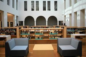 Najpiękniejszy budynek Warszawy to TA biblioteka. Architektura zachwyca