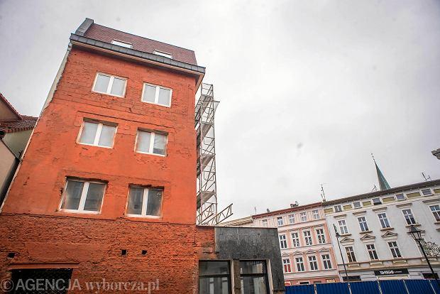 23.12.2017 Bydgoszcz , Zmiany w scianie wschodniej Rynku bydgoskiego . Fot. Lukasz Antczak / Agencja Gazeta