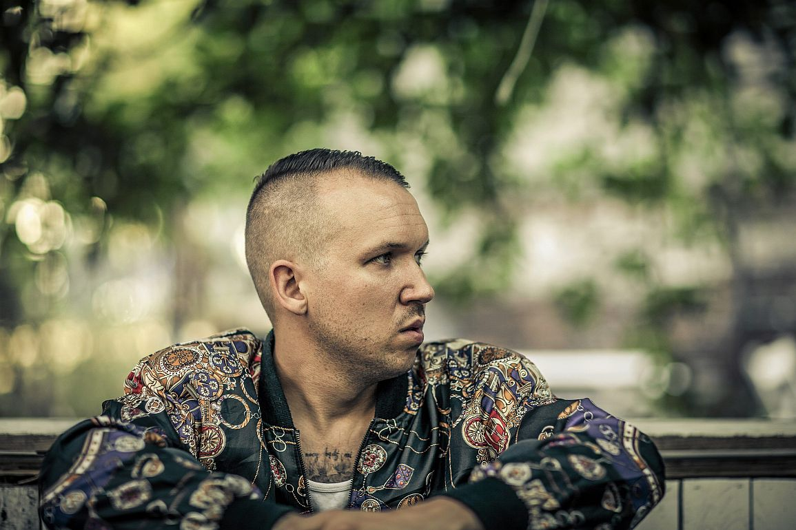 Q27.08.2015. Warszawa . Muzyk Jan Mlynarski .Fot. Albert Zawada / Agencja Gazeta
