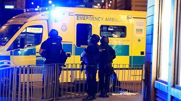 Eksplozja na koncercie w Manchesterze. Karetki przez całą noc przewoziły rannych