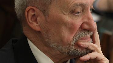 Macierewicz obiecał, że ujawni ważne nagranie z podkomisji smoleńskiej. Sprawdziliśmy