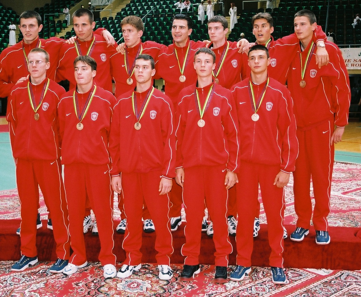 Rok 1999, Rijad. Polacy z medalami na podium Mistrzostw Świata (fot. archiwum prywatne)