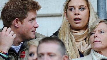 Była dziewczyna Harry'go płakała przed jego ślubem. Teraz paparazzi spotkali ją na mieście