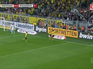 Bayern bez formy, Borussia ucieka. Co za forma, rozbiła rywali 6:1! [WIDEO]