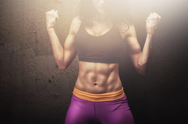 6 Weidera dobrze rzeźbi wszystkie partie mięśni brzucha