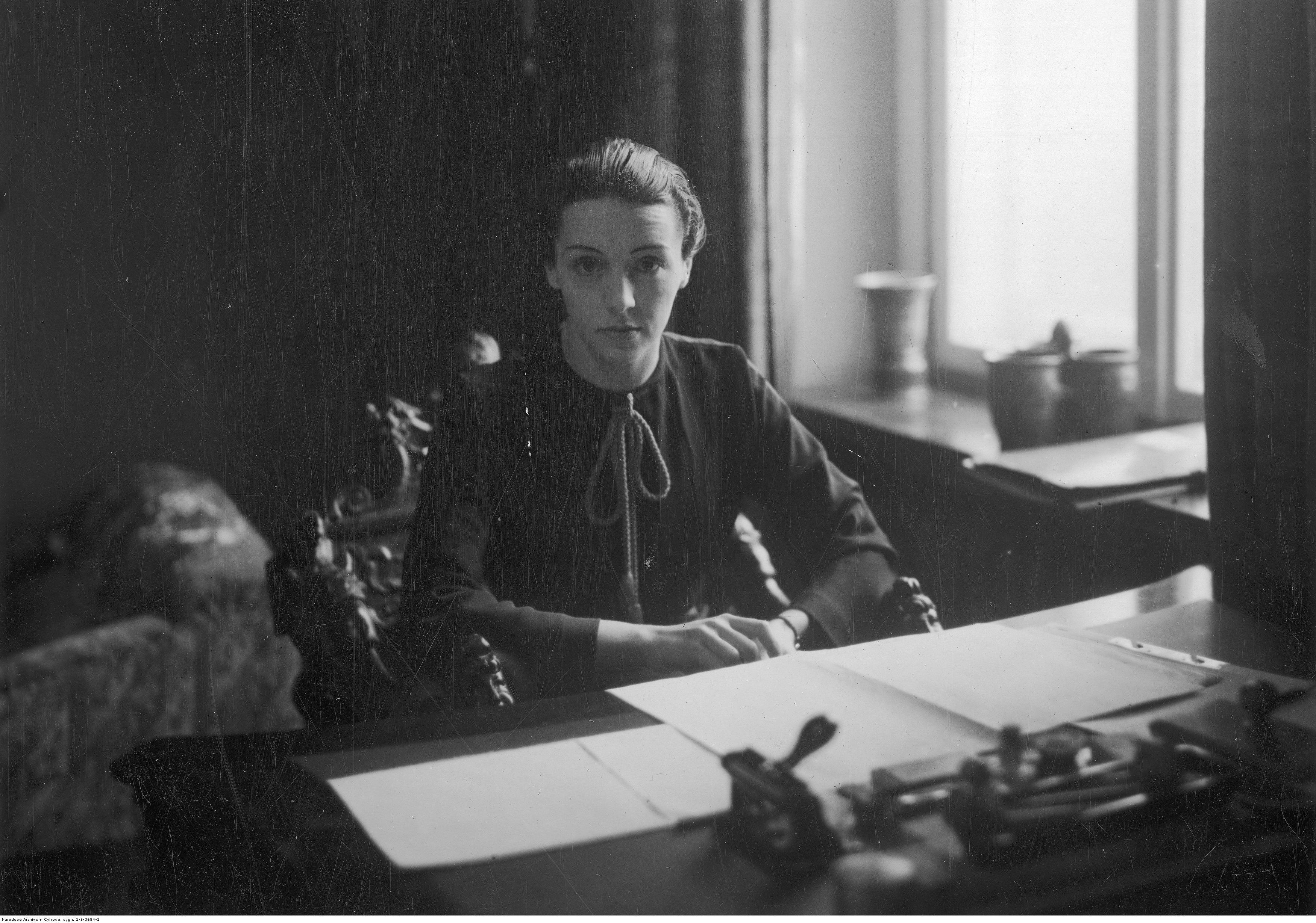 Ewa Curie w latach 30. (fot. Narodowe Archiwum Cyfrowe)
