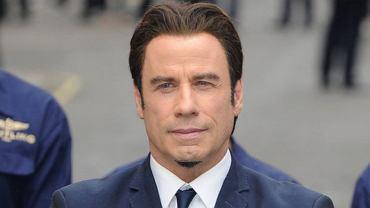 """John Travolta zawsze chodził w tupeciku. Jak wygląda bez niego? """"Lepiej"""""""