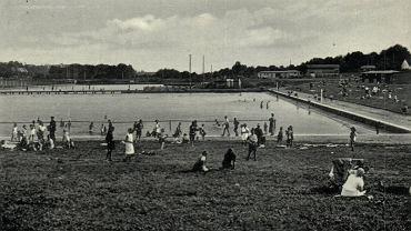 To był kiedyś jeden z największych basenów w Europie. Dziś to ruina [ZDJĘCIA]