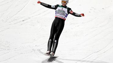 Co zrobili sędziowie? Mistrz świata w lotach narciarskich nie przebrnął kwalifikacji w Planicy!