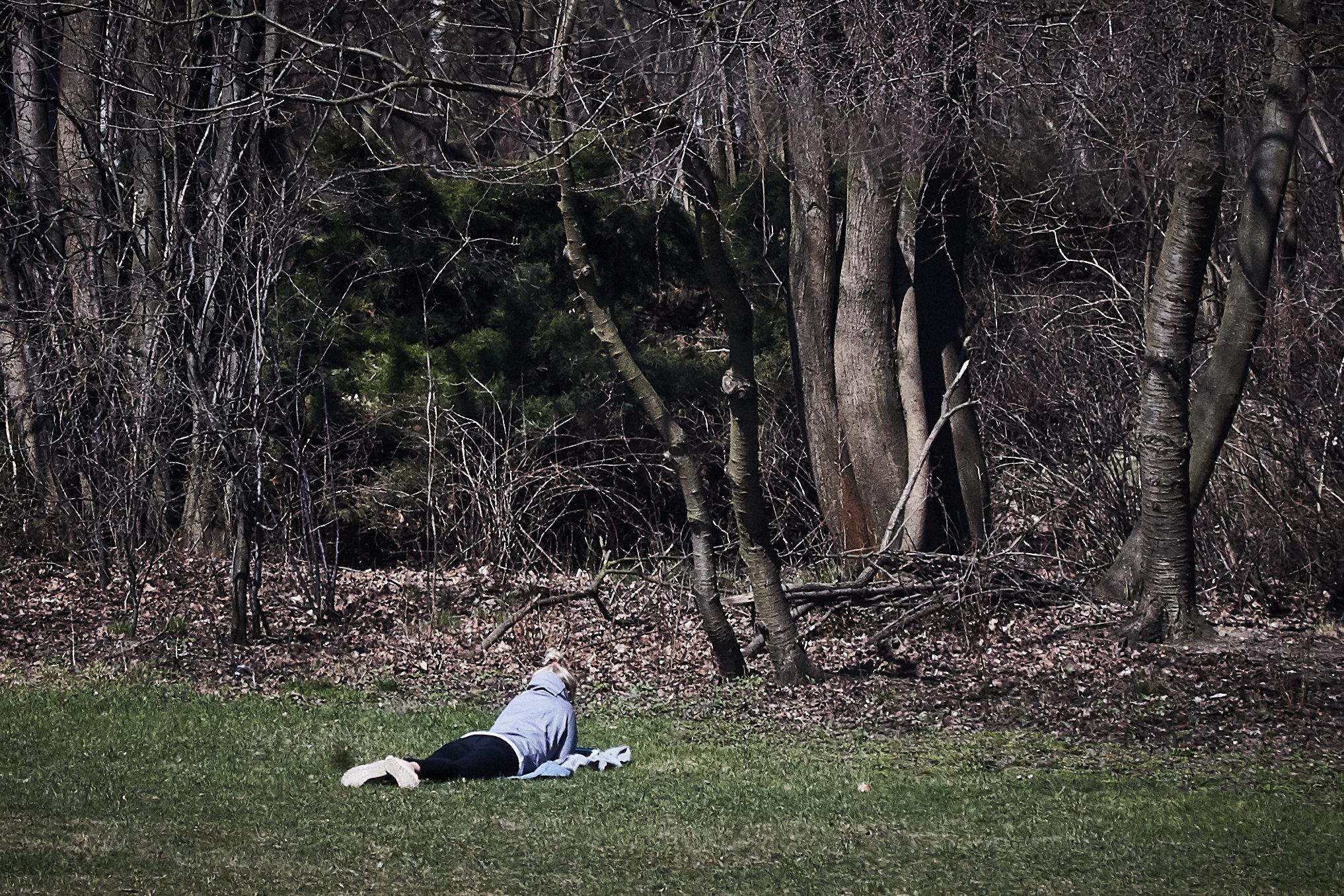 07.04.2018 Lodz . Park na Zdrowiu . Cieply weekend w parku .  fot. Tomasz Stańczak / Agencja Gazeta