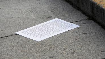 """Oto list mężczyzny, który podpalił się pod PKiN. """"Zostanę obrzucony błotem. Ale będę w dobrym towarzystwie"""""""