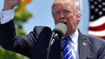 Trump przechodzi od słów do czynów. Uderza w Chiny. To wojna handlowa?