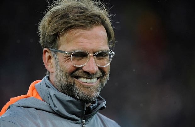 Liverpool's manager Jurgen Klopp smiles prior the Champions League semifinal, first leg, soccer match between Liverpool and Roma at Anfield Stadium, Liverpool, England, Tuesday, April 24, 2018. (AP Photo/Rui Vieira) SLOWA KLUCZOWE: XCHAMPIONSLEAGUEX