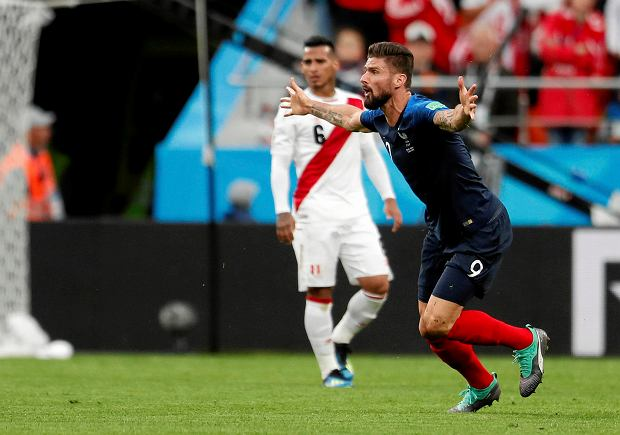 France's Olivier Giroud reacts during the group C match between France and Peru at the 2018 soccer World Cup in the Yekaterinburg Arena in Yekaterinburg, Russia, Thursday, June 21, 2018. (AP Photo/Natacha Pisarenko) SLOWA KLUCZOWE: WC2018FRA;WC2018PER