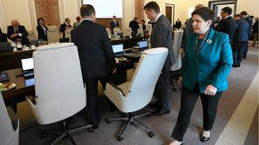 Premier Beata Szydło zapowiada zmiany w rządzie. Kto może stracić stanowisko?