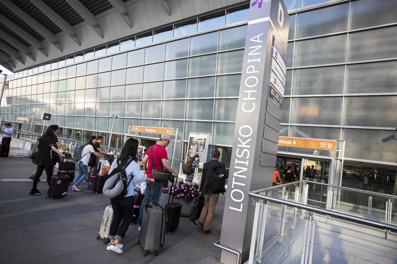 Osoby, które ma doświadczenie w pracy za granicą, rzadko decydują się na powrót do kraju (fot. Adam Stępień / AG)