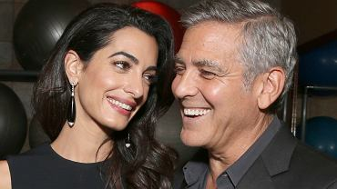 Clooney wręczył pasażerom samolotu nietypowy prezent i... zamknął usta marudom