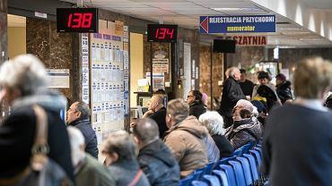 Od 1 lipca w Polsce lepiej nie chorować. Lekarze: pacjentów czeka dramat. Apel do minister Rafalskiej