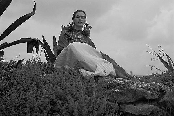 Frida dowiedziała się, że Diego ma romans z jej siostrą Cristiną. Była zdruzgotana. Odebrała to jak najgorszą zdradę