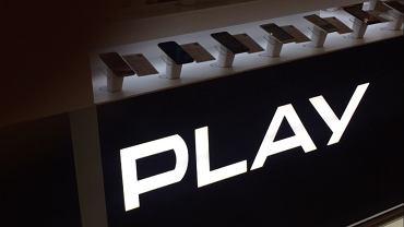 Polacy rzucili się na akcje Play'a. Potężne redukcje zapisów. Giełda stała się znowu modna