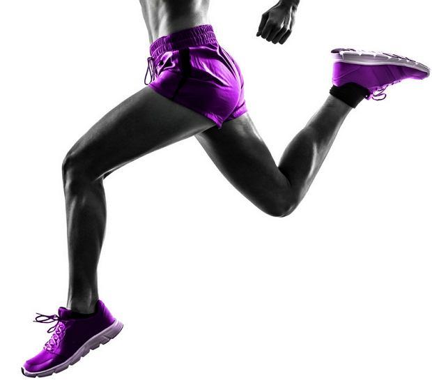 Mięsień pośladkowy jako motor napędowy u biegaczy [7 ćwiczeń]