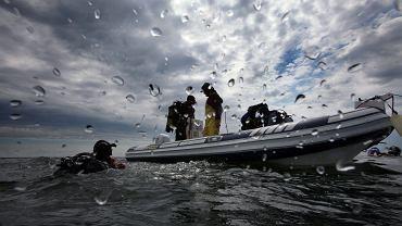 Polscy żołnierze przypadkowo dokonali desantu u wybrzeży Szwecji. Dopłynęli na pontonach
