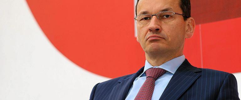 Mówił o sukcesach i nagle zapowiedział największą dziurę w polskich finansach od trzech lat. Dziwne słowa Morawieckiego