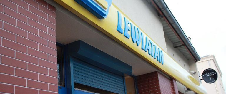 Hipermarkety nie zabiły małych niezależnych polskich sklepów. I już nie zabiją